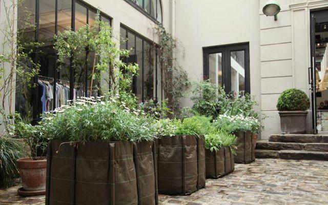 decoracion_locales_merci_conceptstore_patio