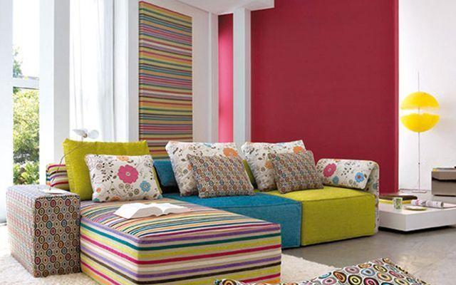 Decoración de salones divertidos a color
