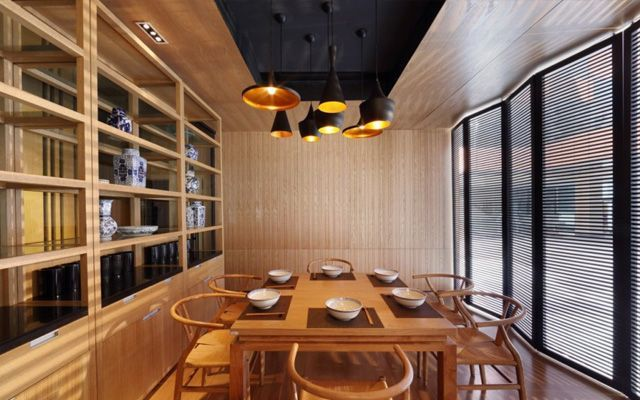 Locales de dise o ideas para decorar un restaurante con for Ideas decoracion restaurante