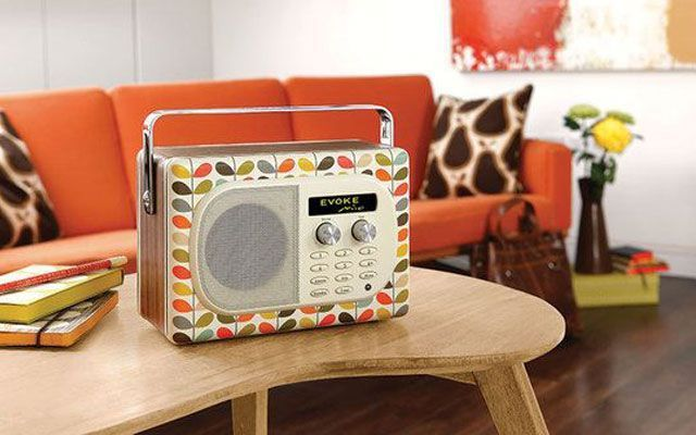 Trucos e ideas para decorar con radios antiguas - Decoracion vintage reciclado ...