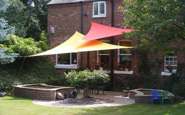 Toldos vela para la decoraci n de terrazas y jardines - Ideas para decorar terraza atico ...