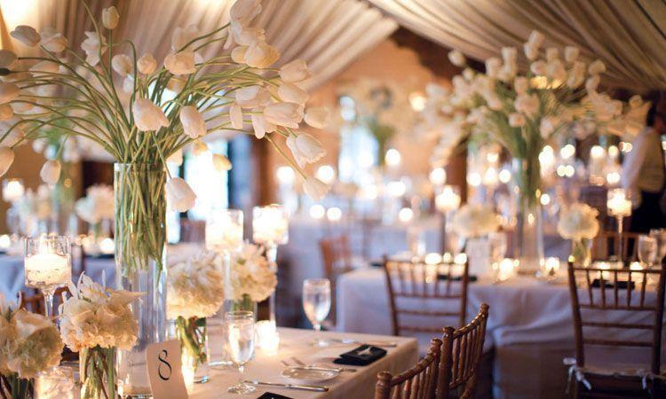 decoración de bodas: arreglos florales para centros de mesa
