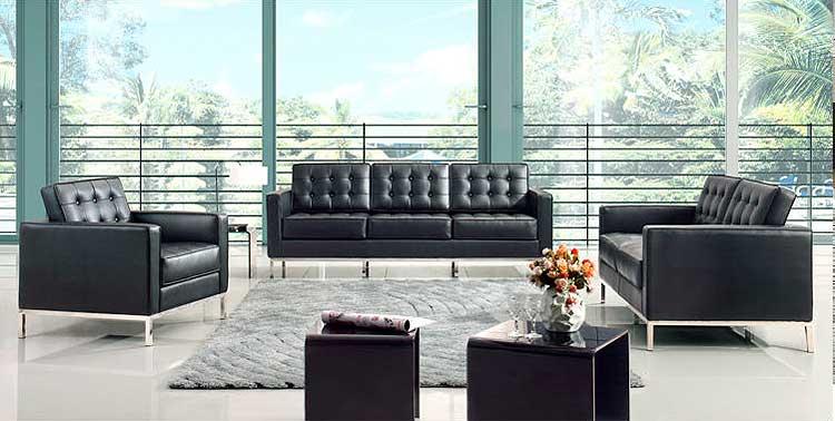 Decora con el sofá Knoll
