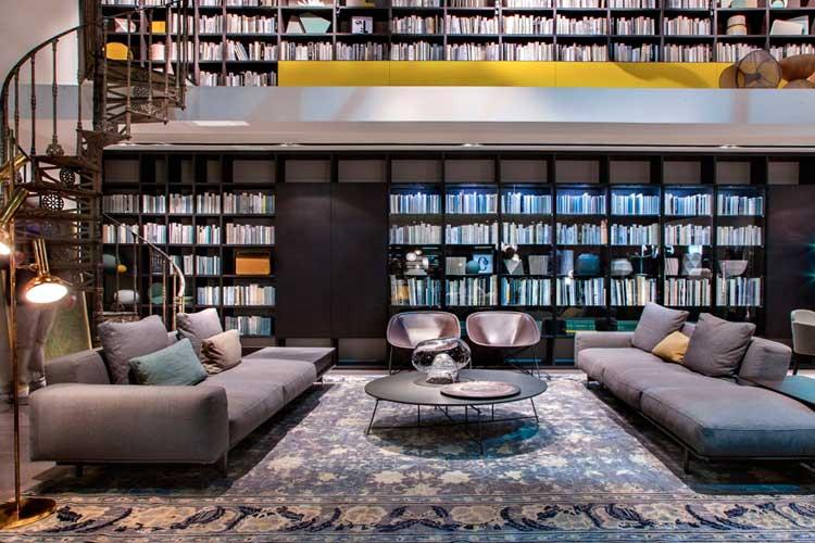 Librería a dos alturas