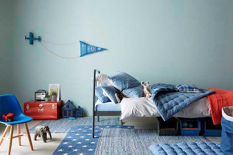 Alfombras superpuestas para el dormitorio