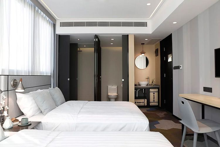 Hotel Ease Acces