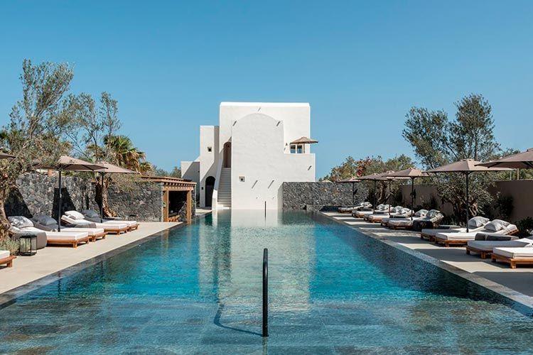 Hotel de verano en Santorini